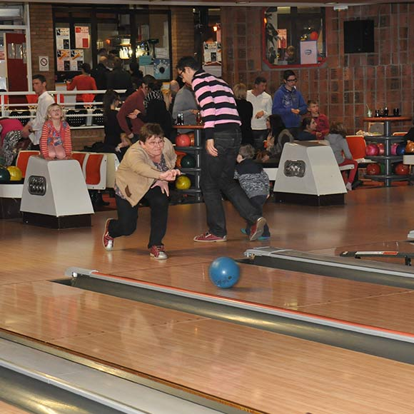 diaporama-groupes-soiree-bowling-05.jpg